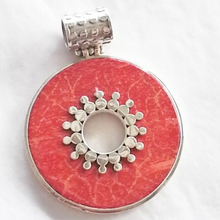 pendant coral red donut with stunning detail 925 sterling silver